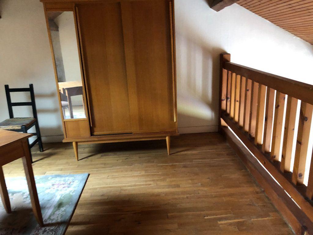 Maison à louer 6 142.36m2 à Limoges vignette-12