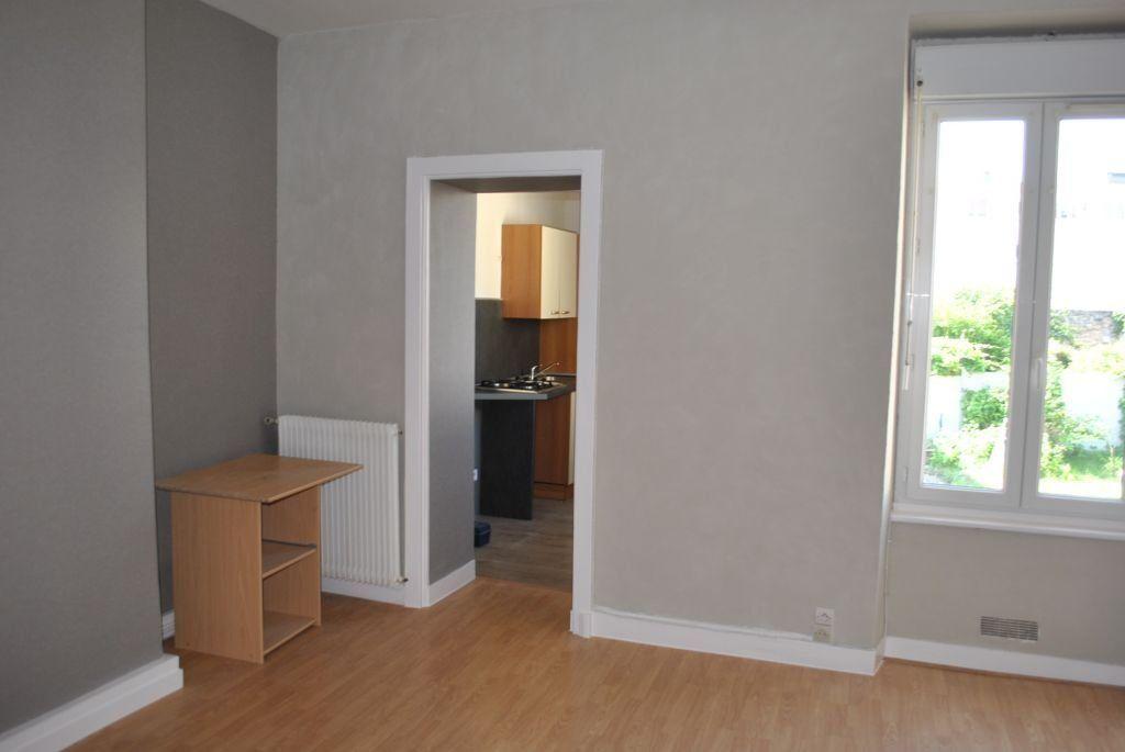 Appartement à louer 2 37.54m2 à Limoges vignette-3