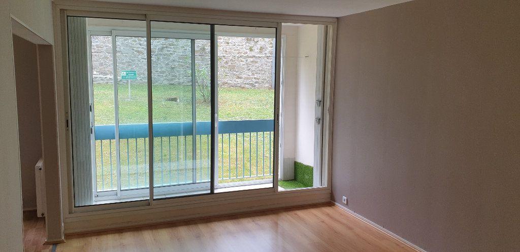 Appartement à louer 4 69.71m2 à Limoges vignette-7