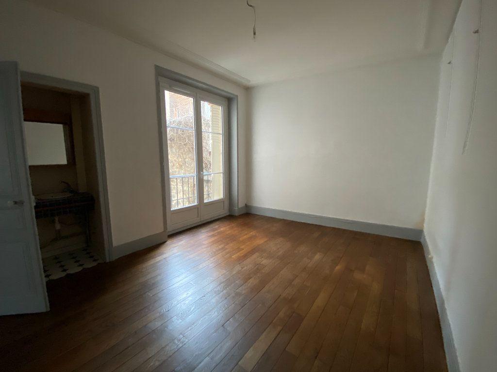 Appartement à louer 4 97.81m2 à Limoges vignette-5