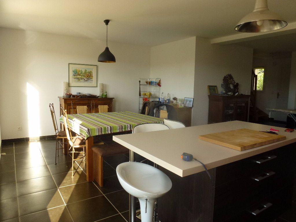 Maison à louer 6 136m2 à Limoges vignette-6