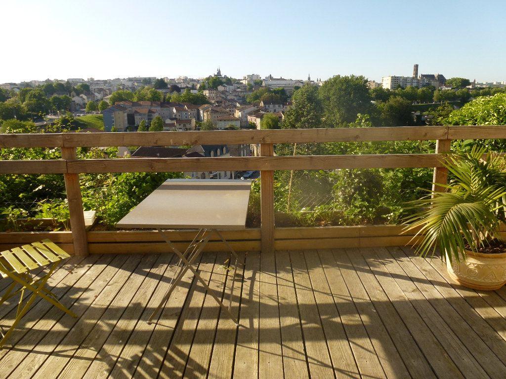 Maison à louer 6 136m2 à Limoges vignette-15