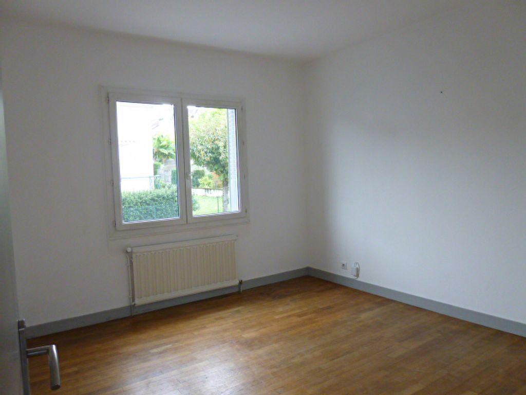 Maison à louer 5 83.12m2 à Limoges vignette-3