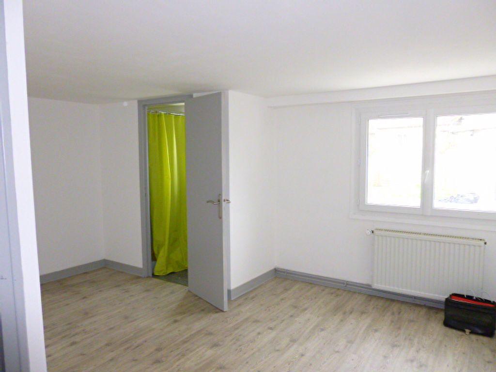 Maison à louer 5 83.12m2 à Limoges vignette-9