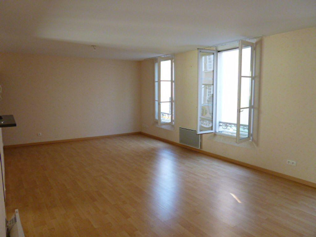 Appartement à louer 3 86.01m2 à Limoges vignette-10