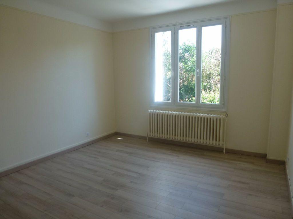 Maison à louer 4 79.6m2 à Boisseuil vignette-3