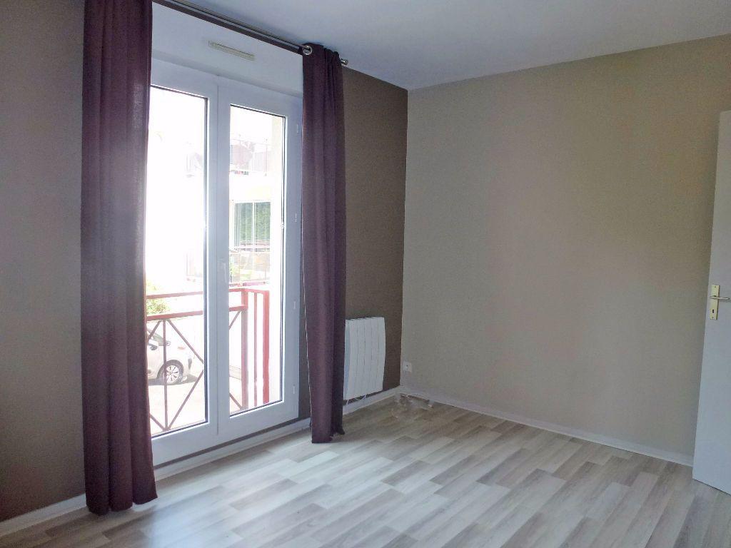 Appartement à louer 2 46.88m2 à Limoges vignette-2