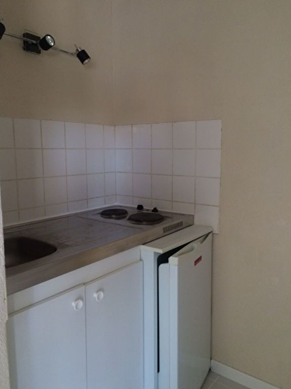 Appartement à louer 1 18.27m2 à Limoges vignette-3