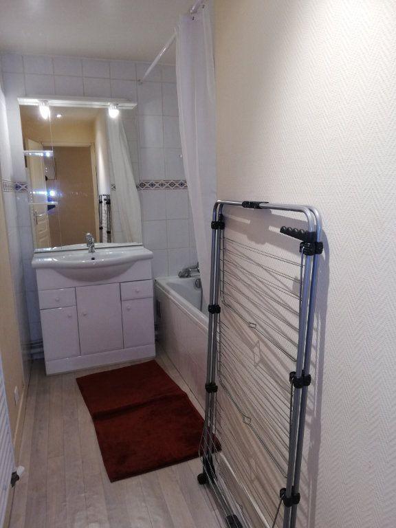 Appartement à louer 3 62m2 à Limoges vignette-5