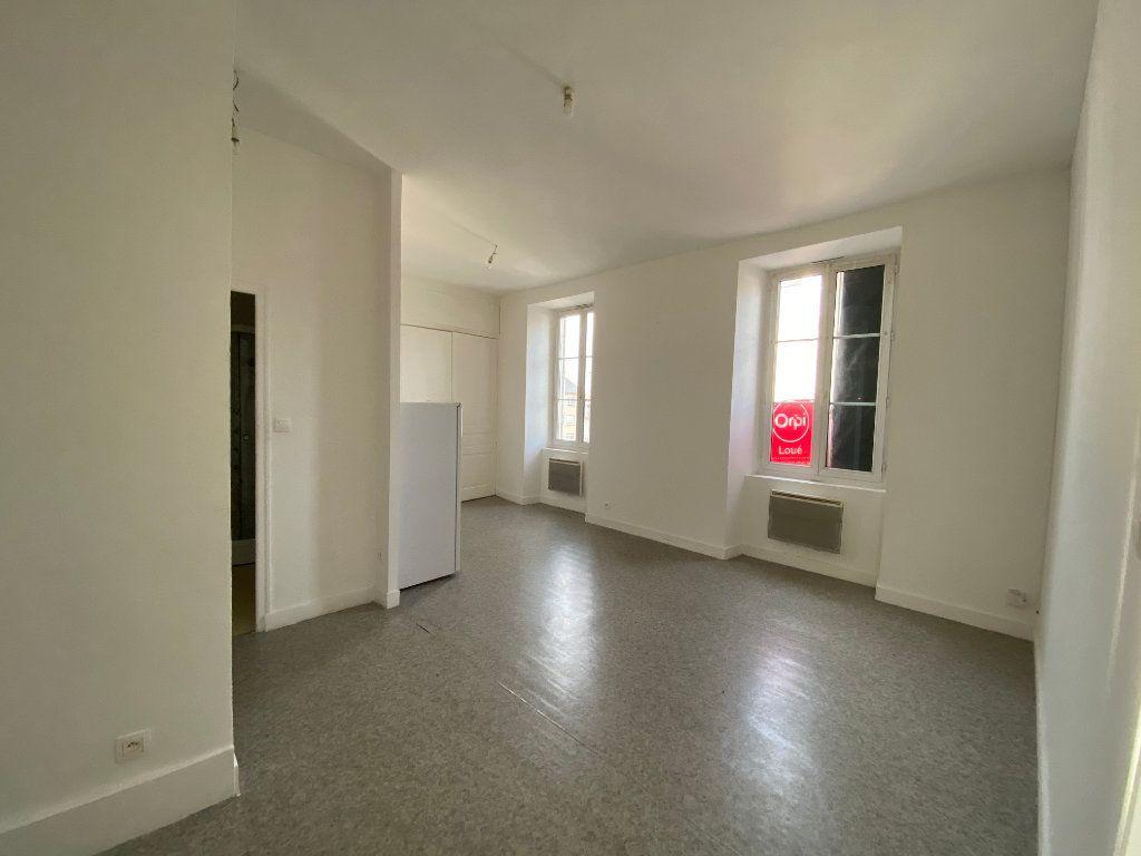 Appartement à louer 2 45.76m2 à Limoges vignette-4