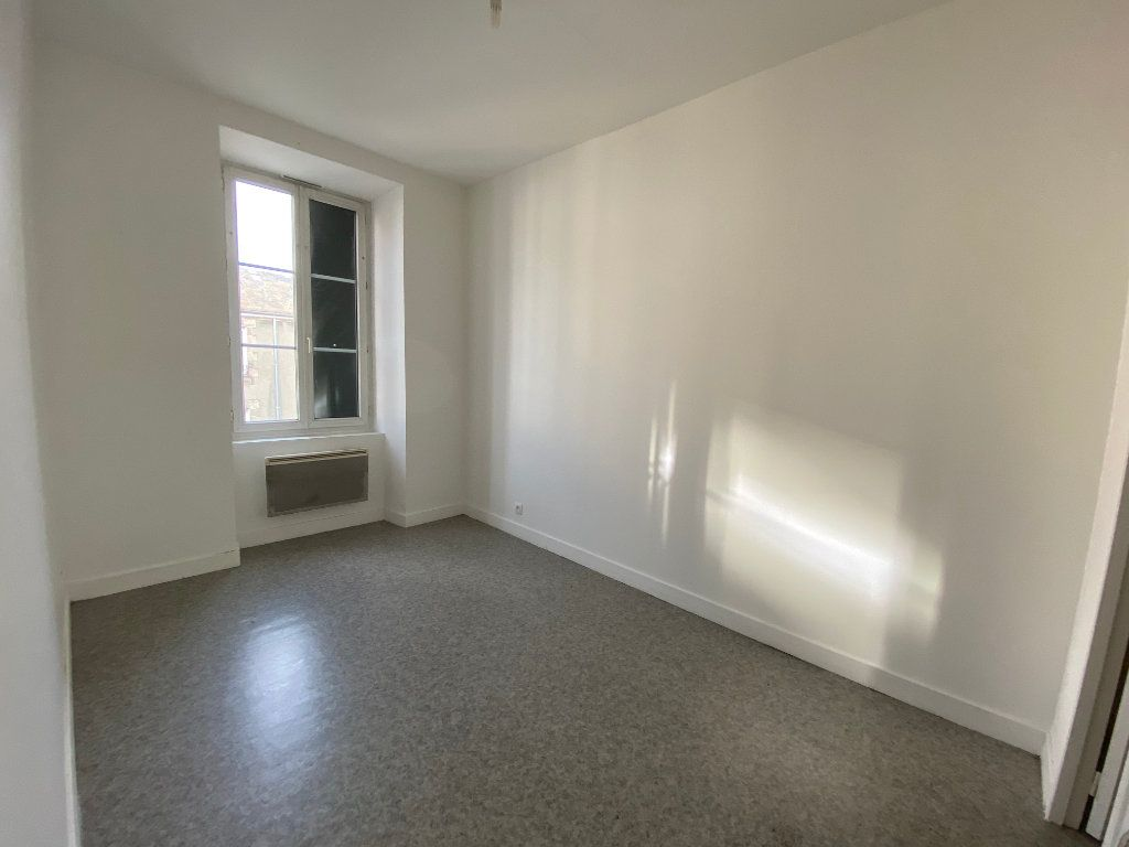 Appartement à louer 2 45.76m2 à Limoges vignette-5