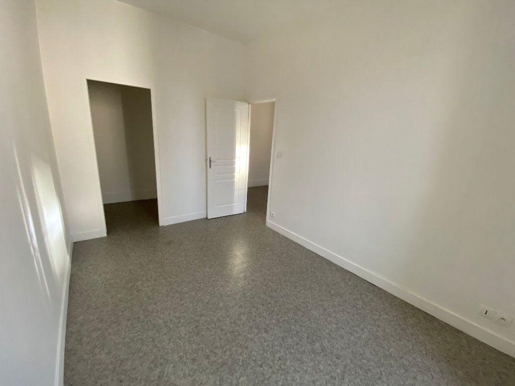 Appartement à louer 2 45.76m2 à Limoges vignette-6