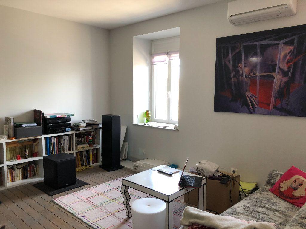 Appartement à louer 3 81.68m2 à Limoges vignette-3