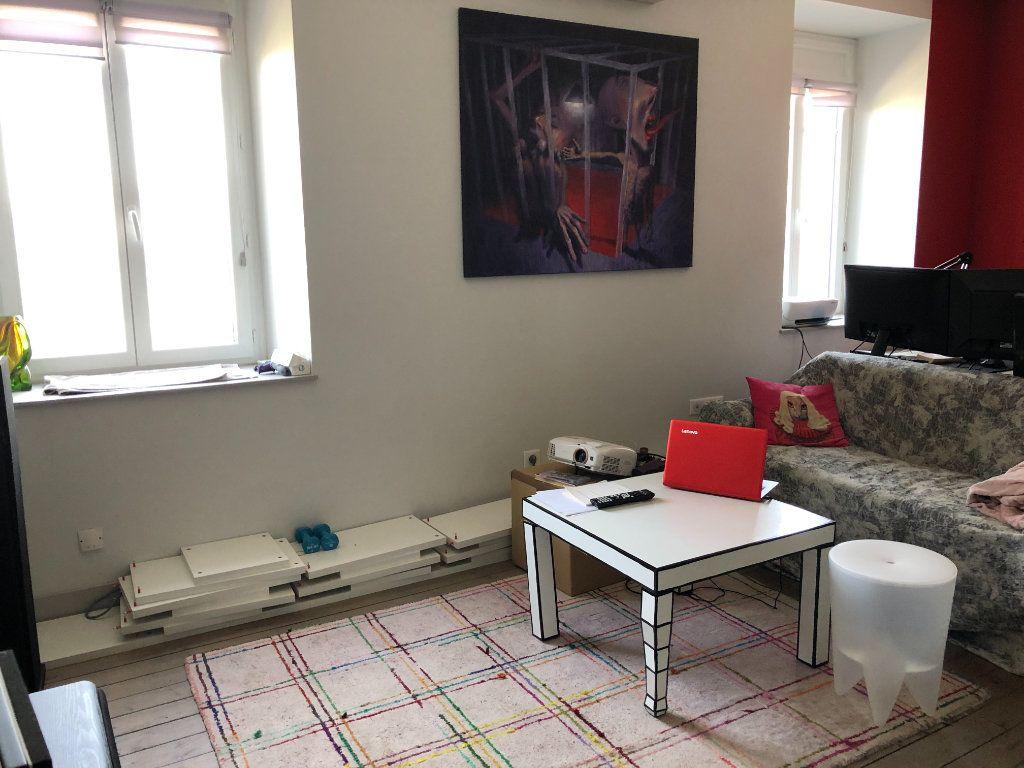 Appartement à louer 3 81.68m2 à Limoges vignette-4