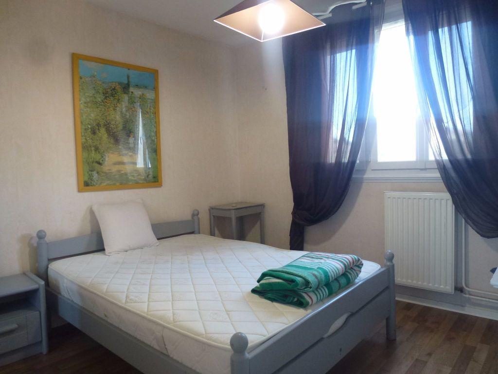 Appartement à louer 3 57.21m2 à Limoges vignette-2