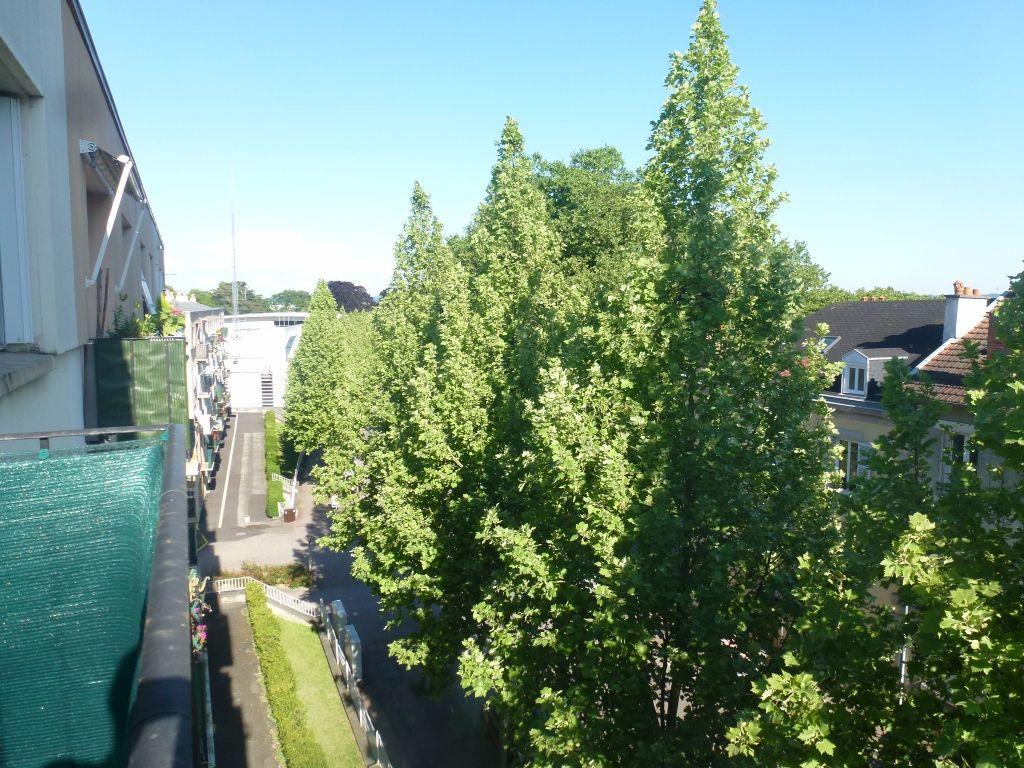 Appartement à louer 3 57.21m2 à Limoges vignette-9