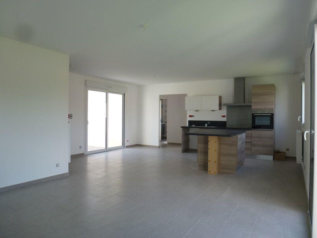 Maison à louer 5 101.2m2 à Limoges vignette-12