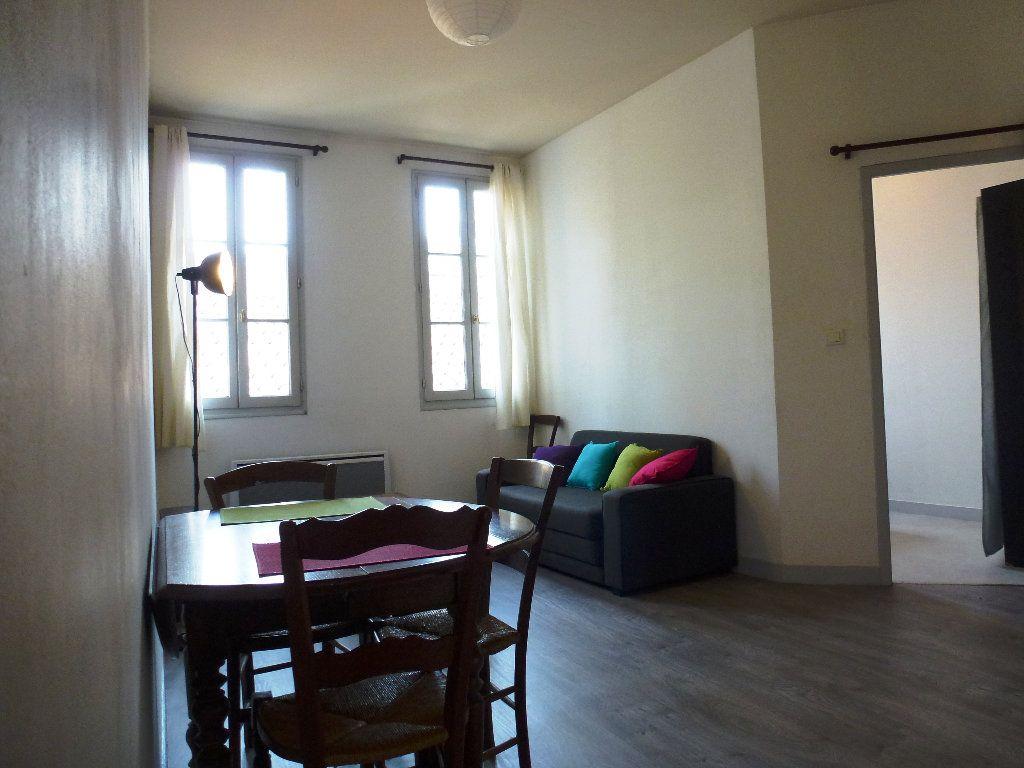 Appartement à louer 2 32.32m2 à Limoges vignette-4