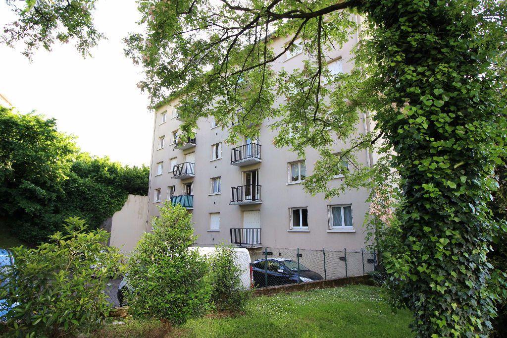 Appartement à louer 2 45.66m2 à Limoges vignette-2