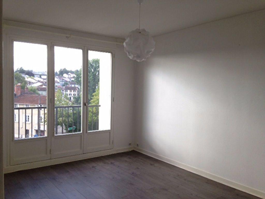 Appartement à louer 2 45.66m2 à Limoges vignette-8