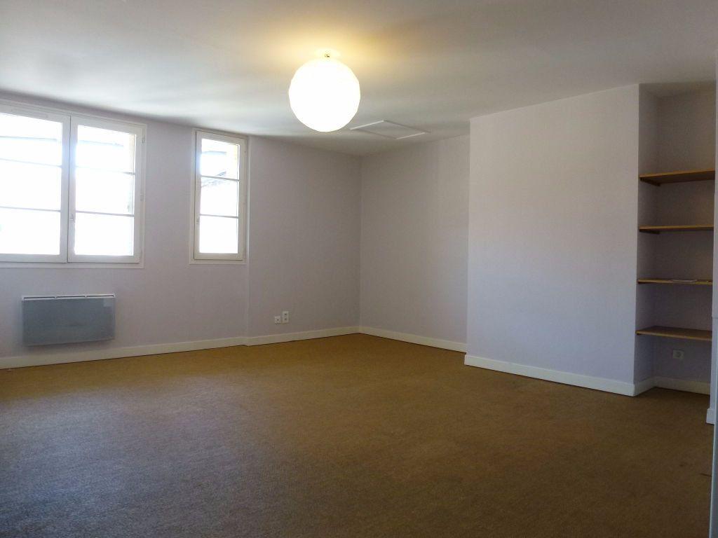 Appartement à louer 2 40.11m2 à Limoges vignette-1