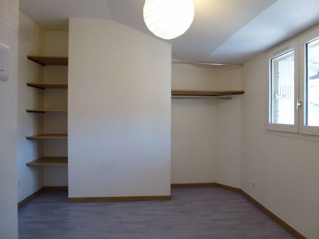 Appartement à louer 2 40.11m2 à Limoges vignette-3