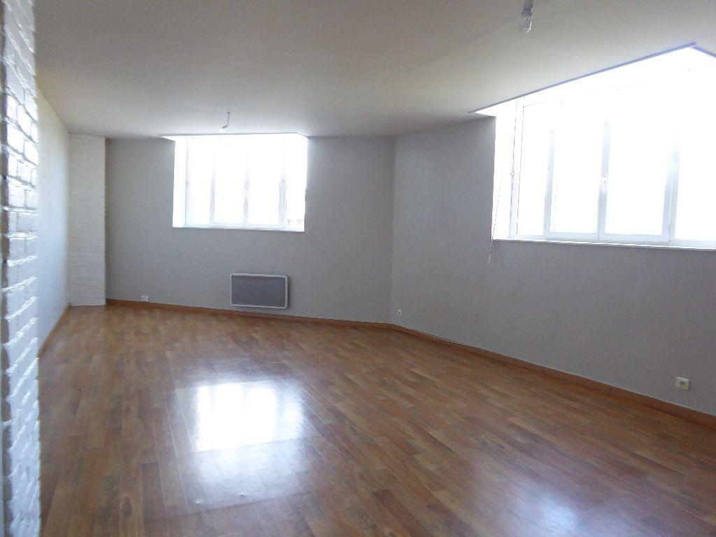 Appartement à louer 4 94.53m2 à Limoges vignette-2