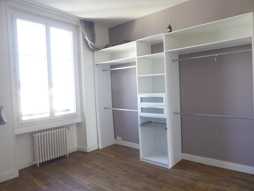 Appartement à louer 3 69.87m2 à Limoges vignette-3