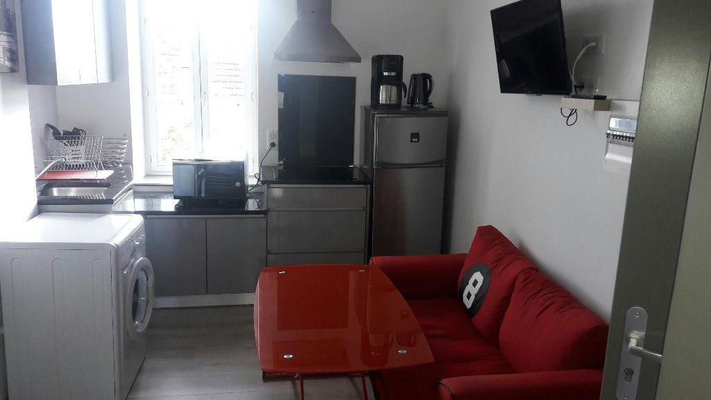 Appartement à louer 2 23.13m2 à Limoges vignette-1
