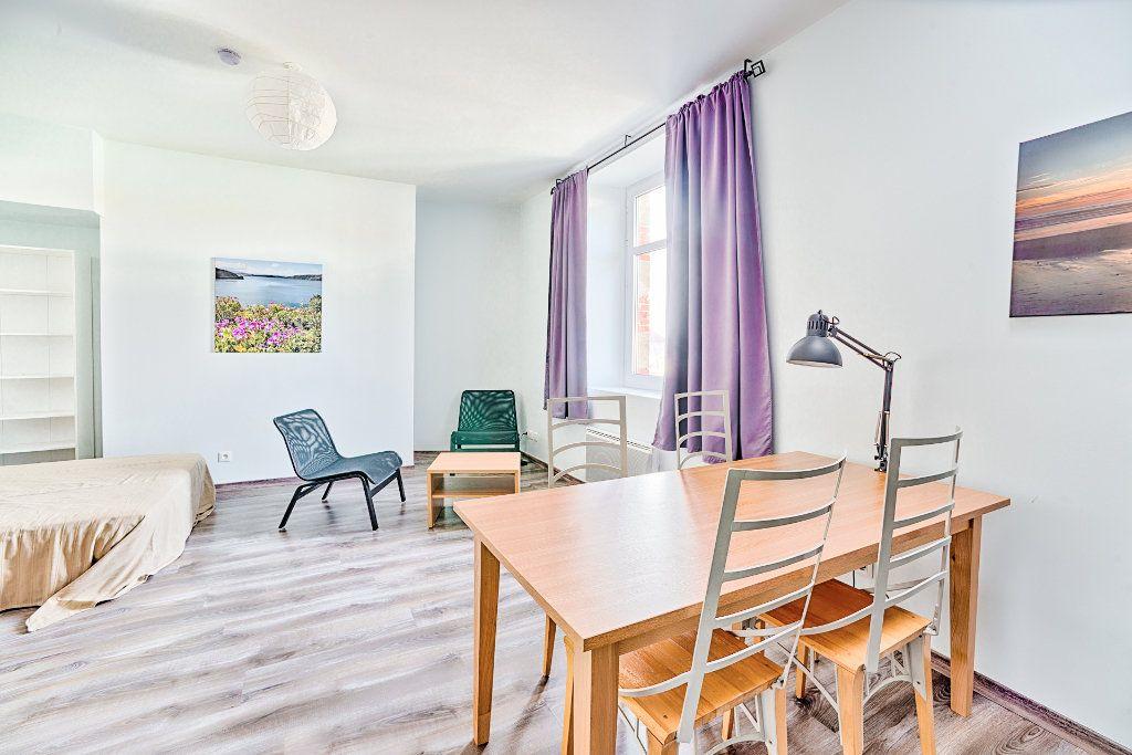 Appartement à louer 1 26.7m2 à Limoges vignette-1