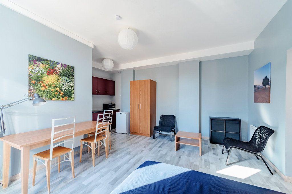Appartement à louer 1 25.81m2 à Limoges vignette-6