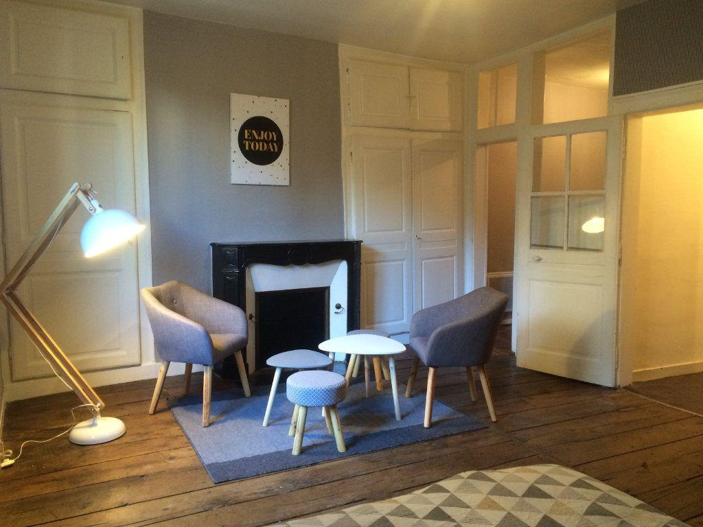 Appartement à louer 1 37m2 à Limoges vignette-1