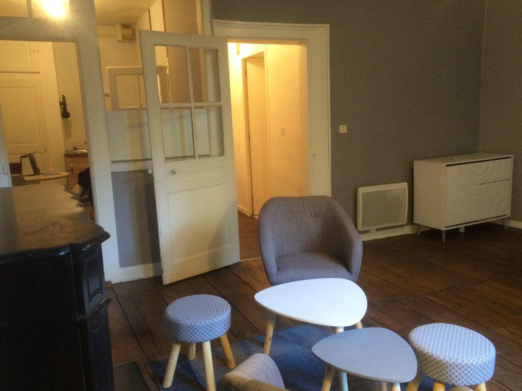Appartement à louer 1 37m2 à Limoges vignette-5