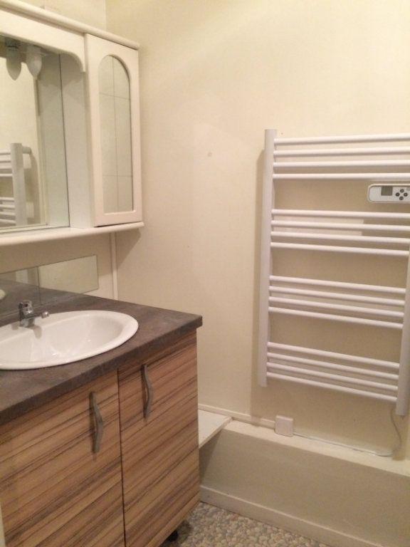 Appartement à louer 1 37m2 à Limoges vignette-7