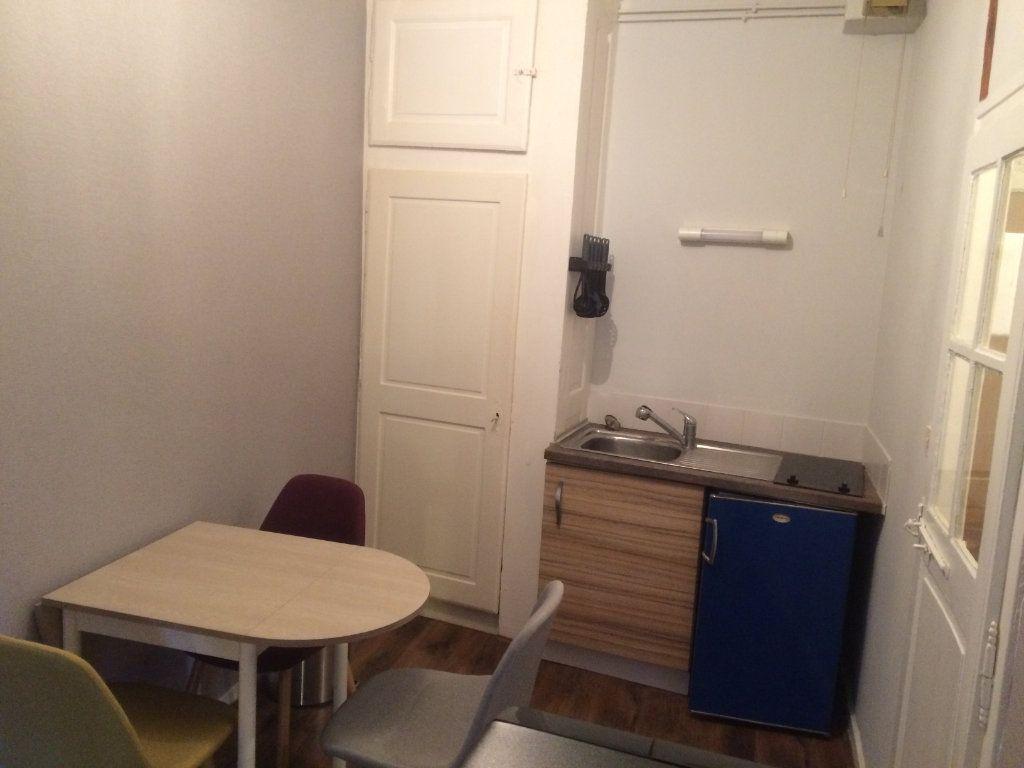 Appartement à louer 1 37m2 à Limoges vignette-9