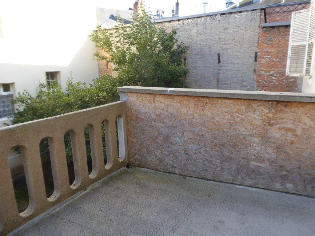 Appartement à louer 2 29m2 à Limoges vignette-3
