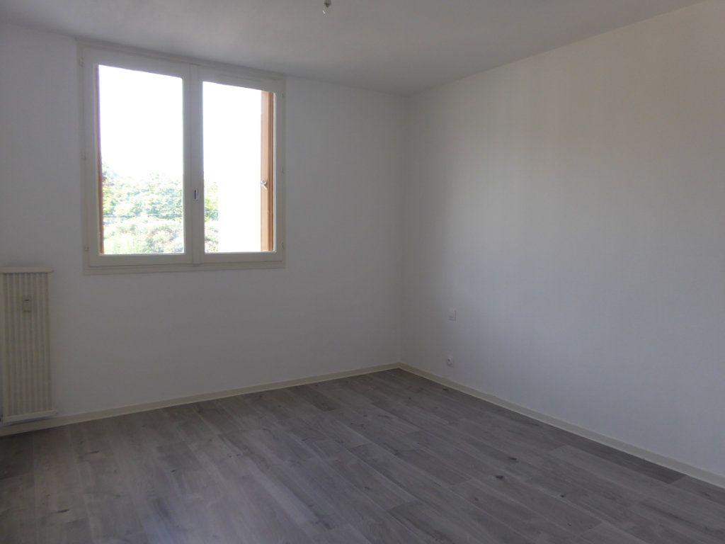 Appartement à louer 2 50.08m2 à Limoges vignette-5
