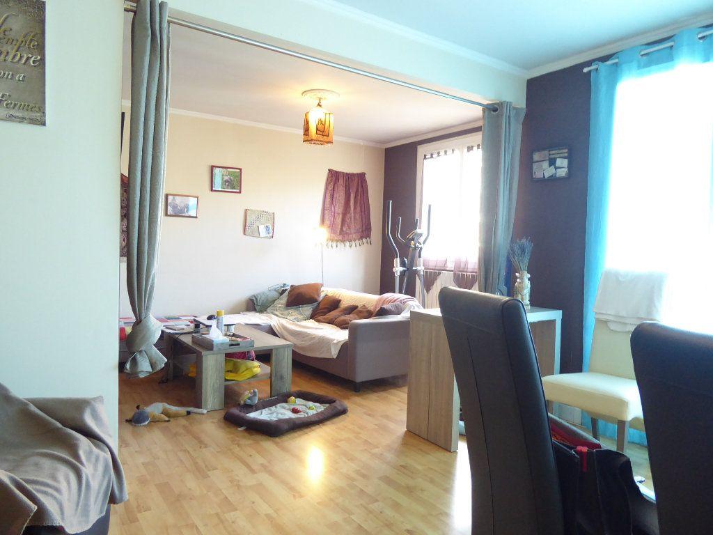 Appartement à louer 2 53m2 à Limoges vignette-5