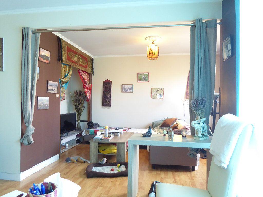 Appartement à louer 2 53m2 à Limoges vignette-6