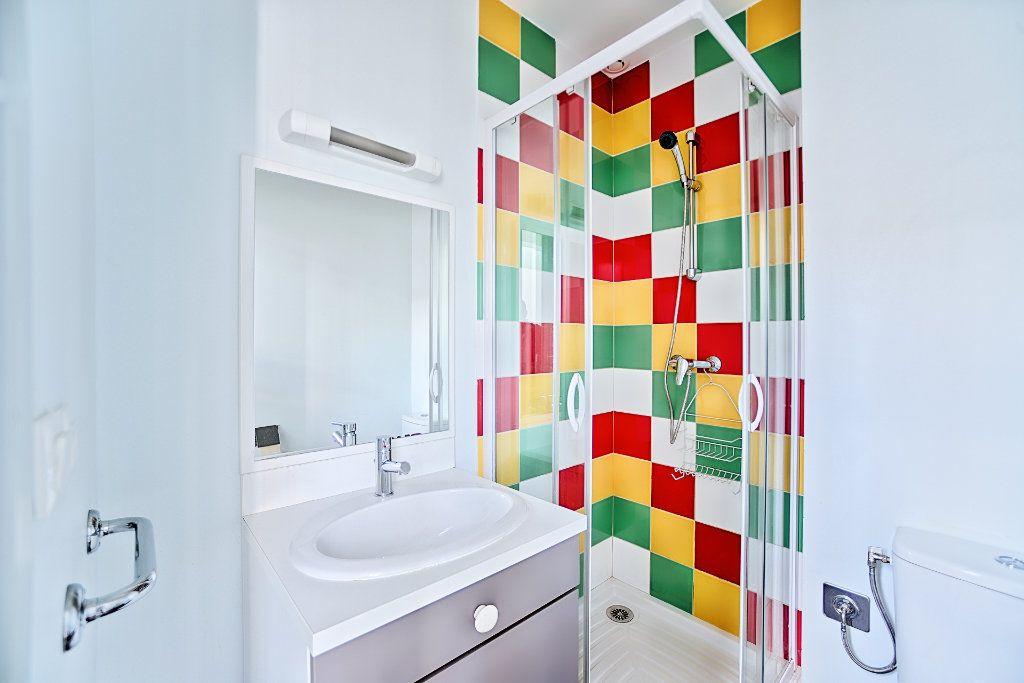 Appartement à louer 1 23m2 à Limoges vignette-6