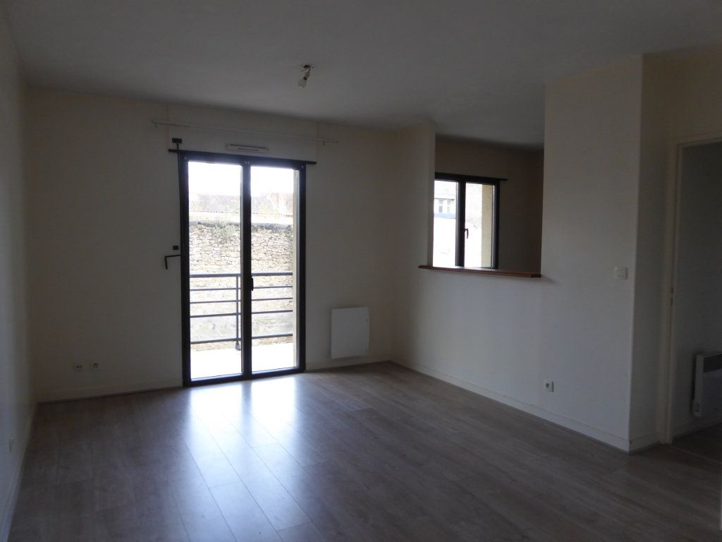 Appartement à louer 2 48.83m2 à Limoges vignette-1