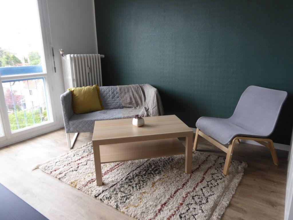 Appartement à louer 1 27.95m2 à Limoges vignette-3