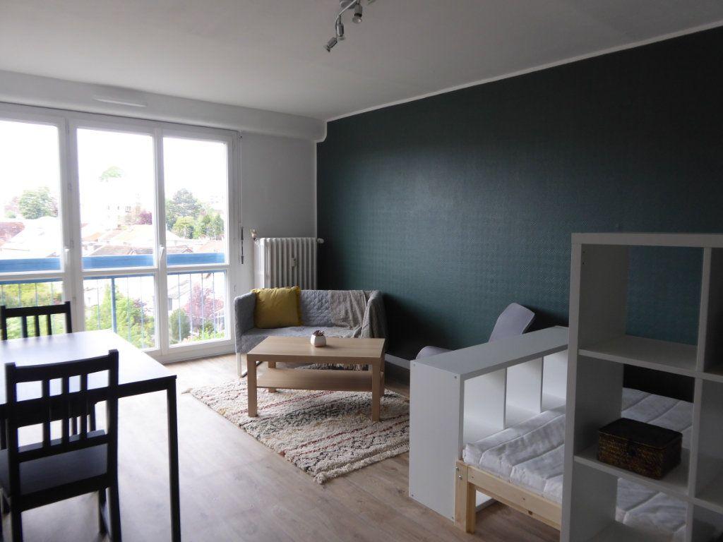 Appartement à louer 1 27.95m2 à Limoges vignette-4