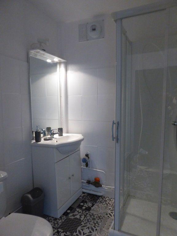 Appartement à louer 1 27.95m2 à Limoges vignette-5