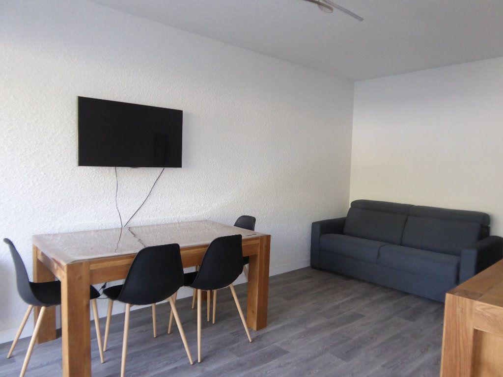 Appartement à louer 1 27.66m2 à Limoges vignette-1
