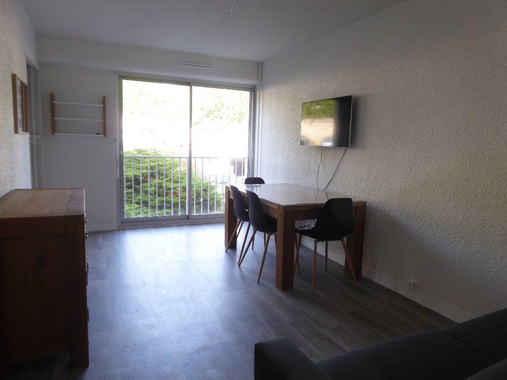 Appartement à louer 1 27.66m2 à Limoges vignette-4