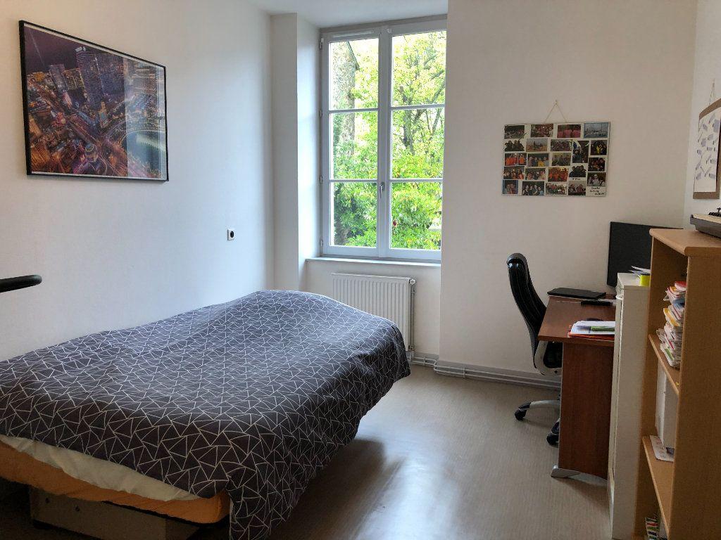 Appartement à louer 3 88.42m2 à Limoges vignette-5