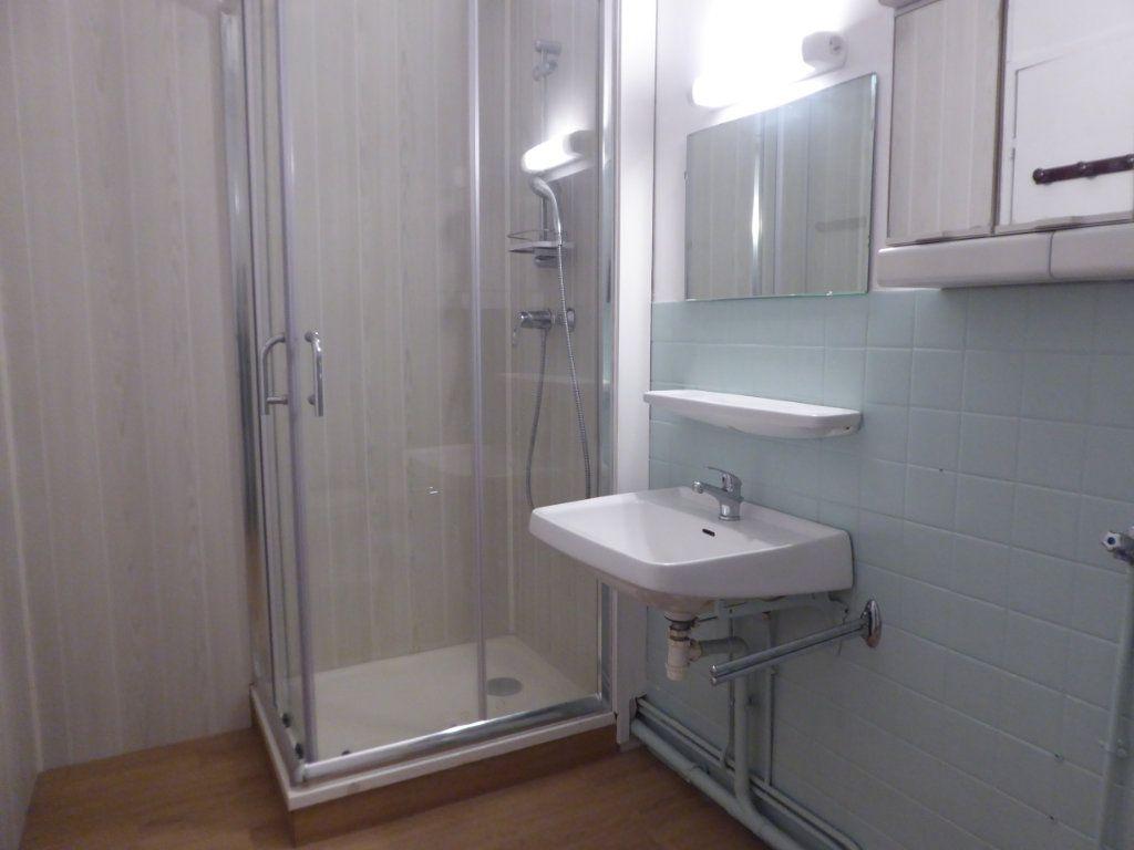 Appartement à louer 1 34.15m2 à Limoges vignette-4