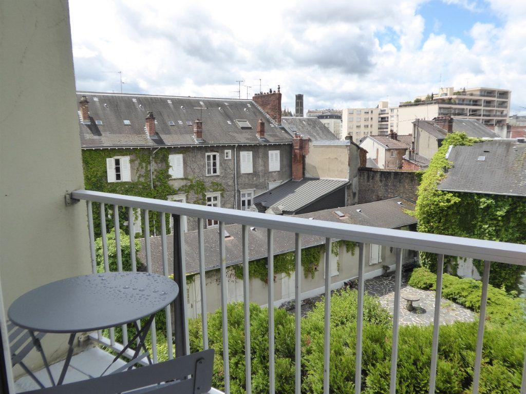 Appartement à louer 1 39.82m2 à Limoges vignette-6