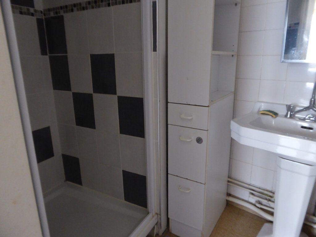Appartement à louer 2 47.56m2 à Limoges vignette-5